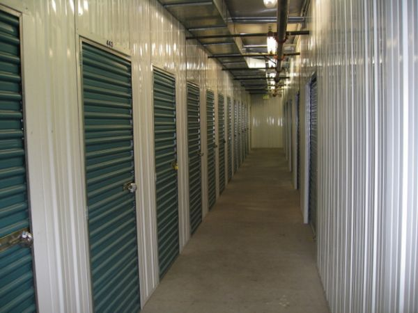 self storage units at storage west flamingo road in las vegas nv 89121 2700 e flamingo rd. Black Bedroom Furniture Sets. Home Design Ideas