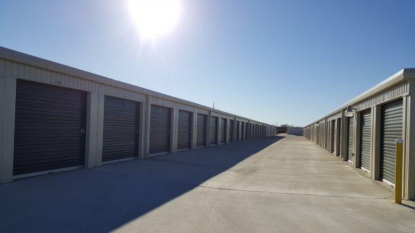 Self Storage Units At Lockaway Storage 3009 Fm 78 In