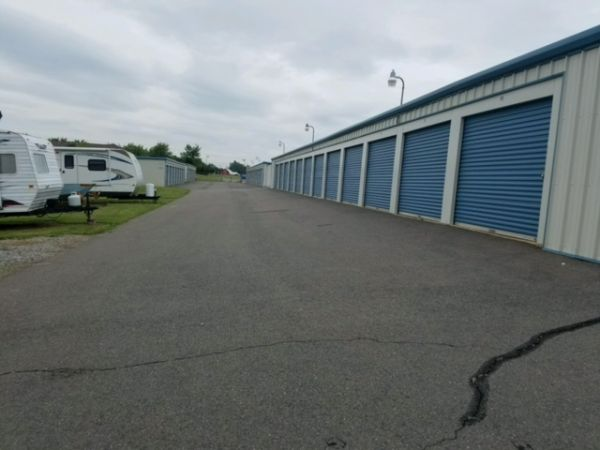 Self Storage Units At Discount Mini Storage Town And