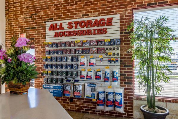 Self Storage Units At All Storage Crowley 7601 S