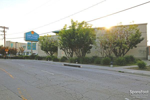 Self Storage Units At Saf Keep Storage Los Angeles San