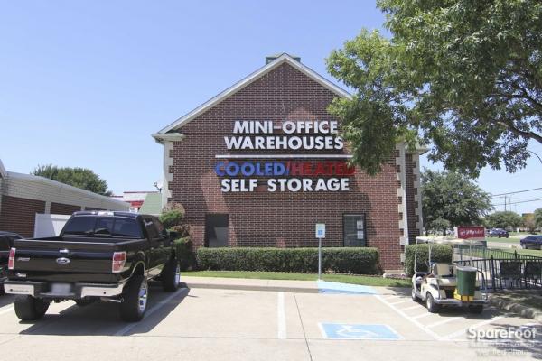 Self Storage Units at Alamo Mini Storage Matlock in