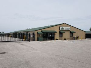 Global Self Storage - Merrillville