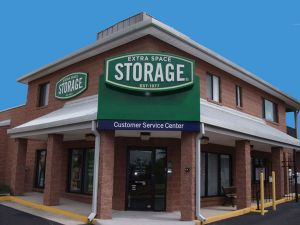 Extra Space Storage - Alexandria - King Centre Dr