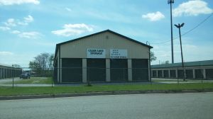 A-Z Clear Lake Storage - Detroit St