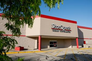 StorQuest - Madison Shopko