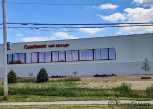 CubeSmart Self Storage - WI Oak Creek Drexel Avenue